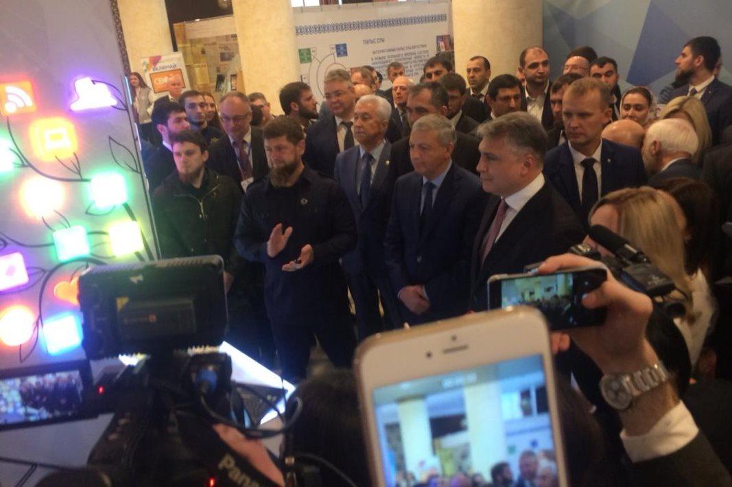 Александр Матовников поздравил коллектив ГТРК «Алания» с победой в конкурсе «ТЭФИ Регион»