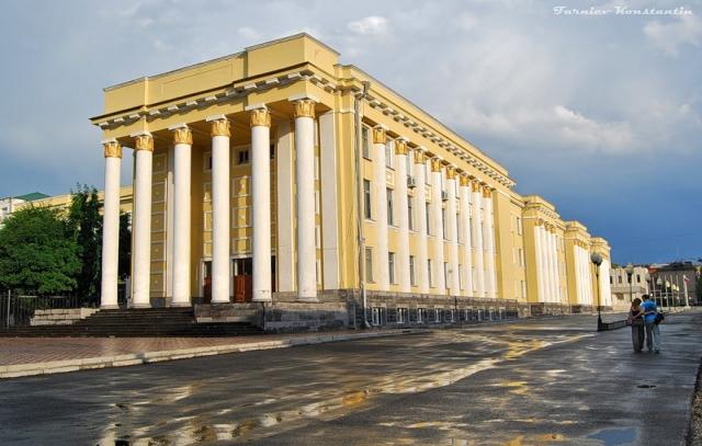 В СОГУ обсудили открытие в республике оптово-распределительного центра