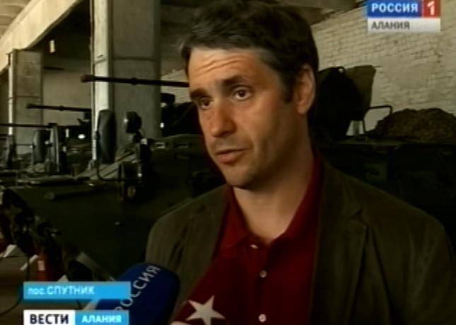 Во Владикавказ для оценки качества бронетраспортеров прибыл генеральный директор Военно-промышленного комплекса Дмитрий Гиммельберг