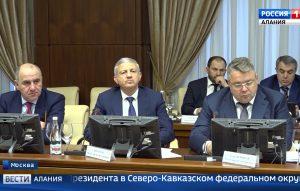 Вячеслав Битаров принял участие в заседании совета при полномочном представителе президента в СКФО