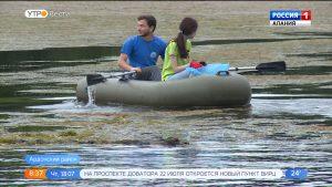 Представители Минприроды совместно с волонтерами привели в порядок территорию озера Бекан
