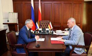 Вячеслав Битаров обсудил с Борисом Албеговым готовность Владикавказа к единому дню голосования