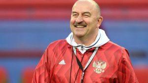 Станислав Черчесов награжден Национальной премией РФС