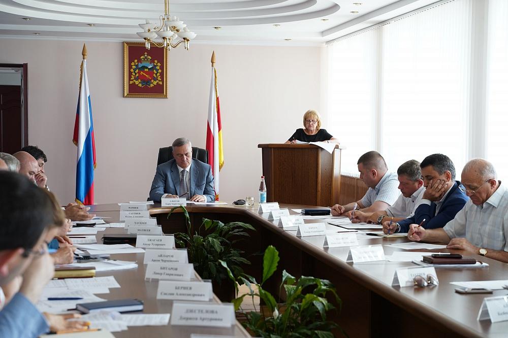 Борис Албегов провел заседание антитеррористической комиссии Владикавказа