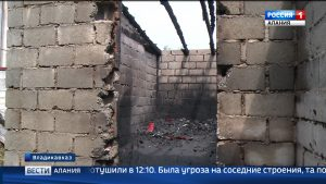 Специалисты выясняют причины пожара на складе предприятия «Фандыр»