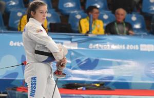 Шпажистка Яна Бекмурзова стала лучшей на Всероссийских соревнованиях в Выборге