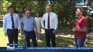 Таймураз Тускаев посетил строящиеся объекты в республике