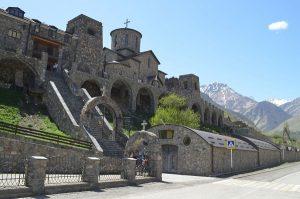 В Северной Осетии отремонтируют дорогу, ведущую к самому высокогорному монастырю