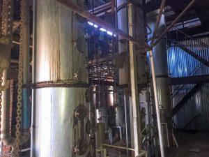 Во Владикавказе выявлен нелегальный спиртзавод мощностью тысяча декалитров в сутки