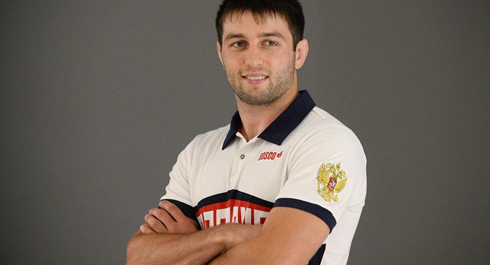 Сослан Рамонов выступит на международном турнире в Нефтеюганске