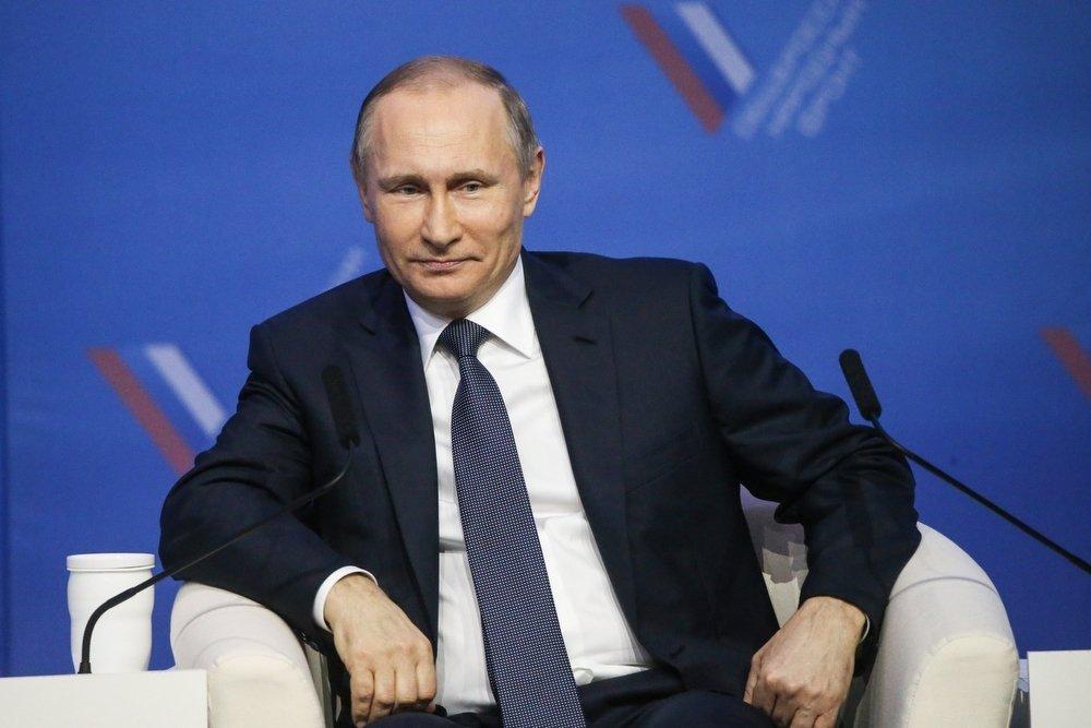 Путин поддержал идею объединить усилия ОНФ, волонтеров и региональных властей для решения проблем граждан, обратившихся на «прямую линию»