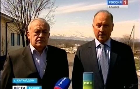 Таймураз Мамсуров провел встречу с председателем правления Внешэкономбанка Владимиром Дмитриевым