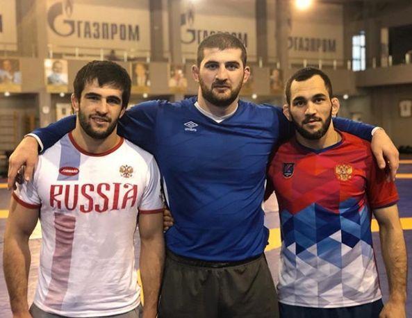 Цакулов, Валиев и Голоев стали серебряными призерами первенства мира по вольной борьбе