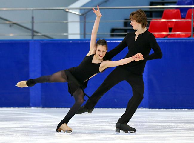 Елизавета Шанаева и Дэвид Нарижный стали победителями этапа Кубка России