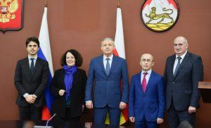 Вячеслав Битаров встретился с чрезвычайным и полномочным послом Франции в России Сильви Берманн
