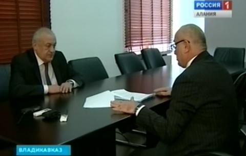 Глава РСО-Алания провел встречу с председателем контрольно-счетной палаты республики