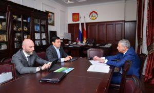 Вячеслав Битаров и Евгений Титов обсудили меры поддержки предпринимательства в Северной Осетии