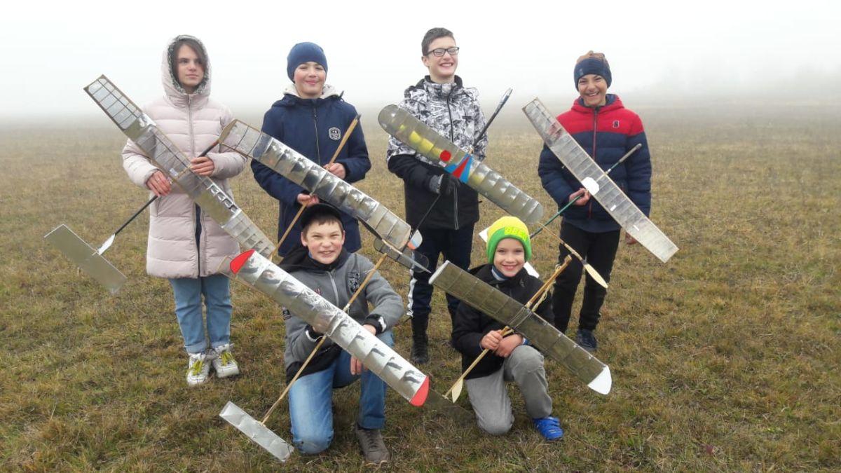 В Северной Осетии прошли соревнования юных авиамоделистов