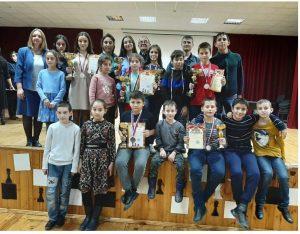 Альберт Агкацев и Лиана Цамалаидзе стали победителями первенства СКФО по шахматам