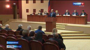 На заседании Общественного совета Владикавказа обсудили уровень платежей за услуги ЖКХ и работу коммунальных служб