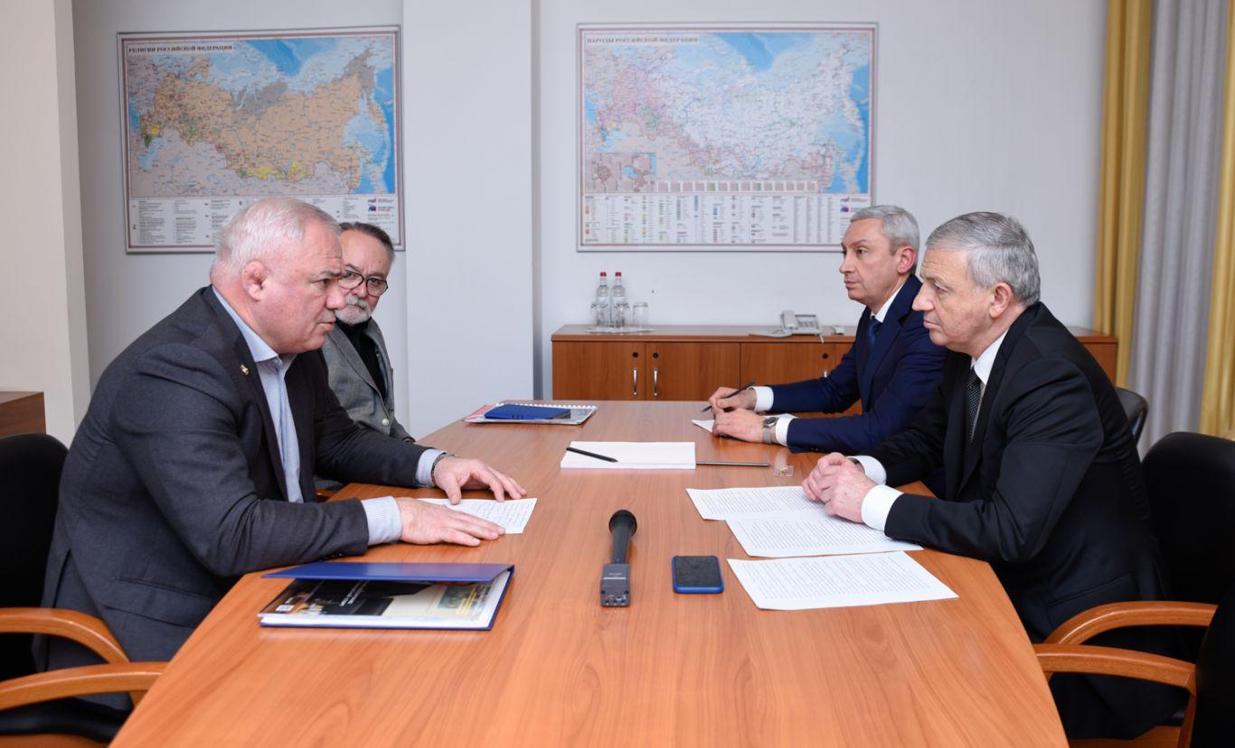 Вячеслав Битаров встретился с новым председателем Совета Московской осетинской общины