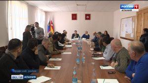 Казбек Вазиев рассказал жителям Дигорского и Ирафского районов о возможности получения господдержки