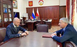 Вячеслав Битаров и Амиран Левитский обсудили направления развития банковского сектора Северной Осетии