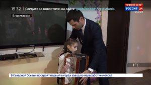 Вячеслав Битаров исполнил новогодние мечты детей, участвовавших во Всероссийской акции «Елка желаний»