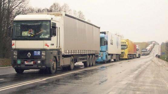Военно-Грузинская дорога открыта для движения большегрузов