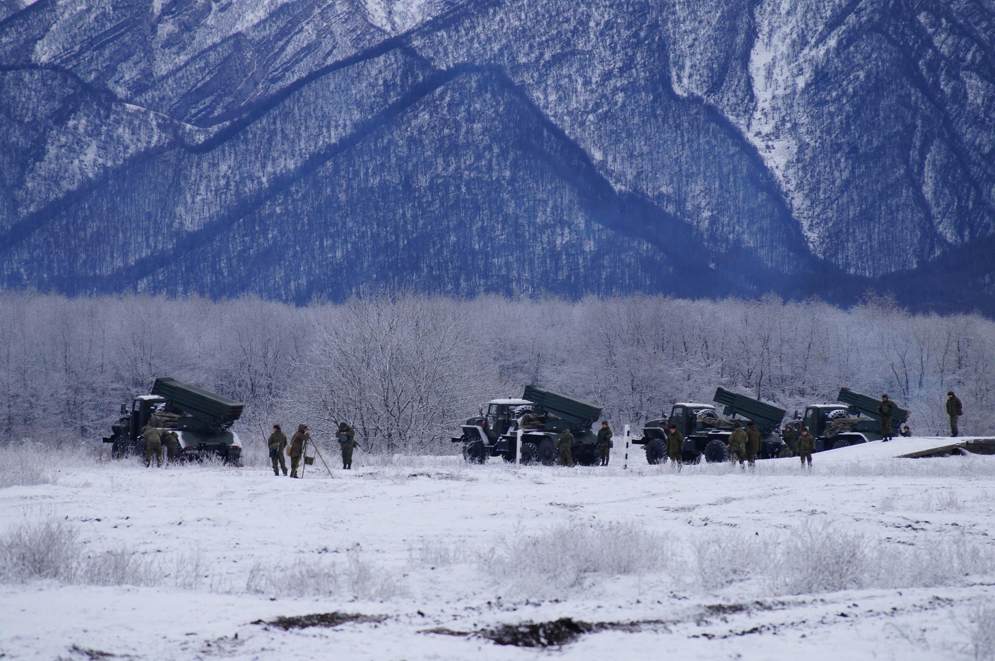 На Северном Кавказе начались двусторонние учения ЮВО с привлечением беспилотников и авиации