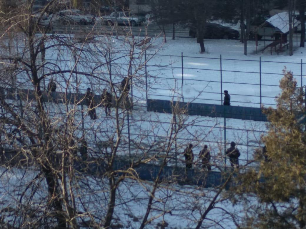Во Владикавказе на детской площадке обнаружен труп
