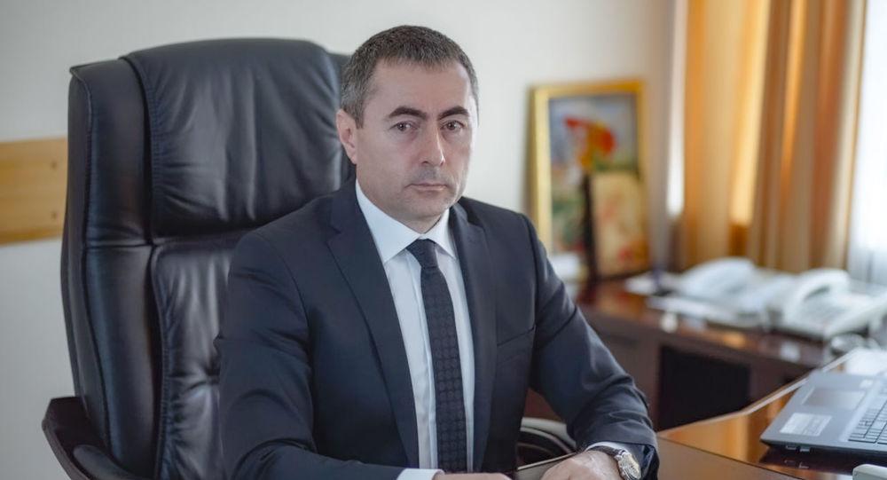 Хайдарек Бутов покидает пост главы Минтранса республики