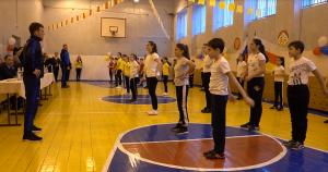 «Зарядку с чемпионом» провели в 21-й школе Владикавказа