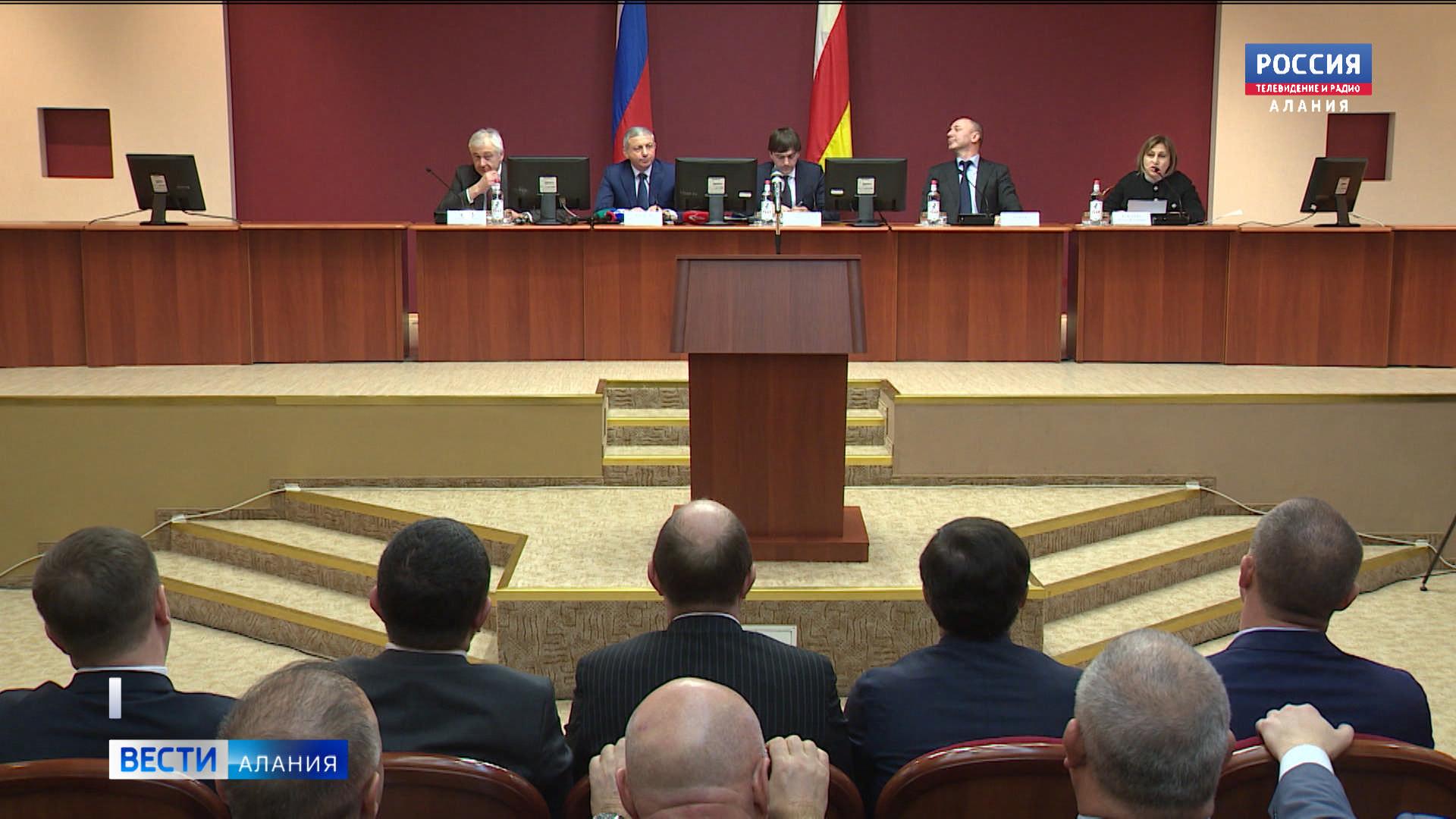 Сергей Кравцов провел совещание по вопросам образования во Владикавказе