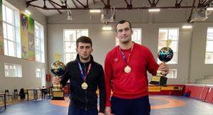 Георгий Тибилов и Заур Козонов стали чемпионами СКФО по греко-римской борьбе среди спортсменов до 23 лет