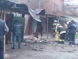 В Беслане в результате хлопка газа разрушились гаражи