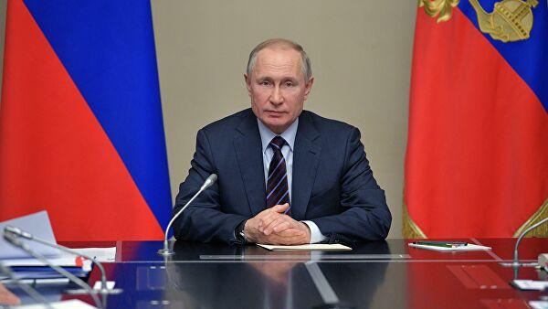 Путин разрешил правительству ограничивать цены на лекарства при ЧС