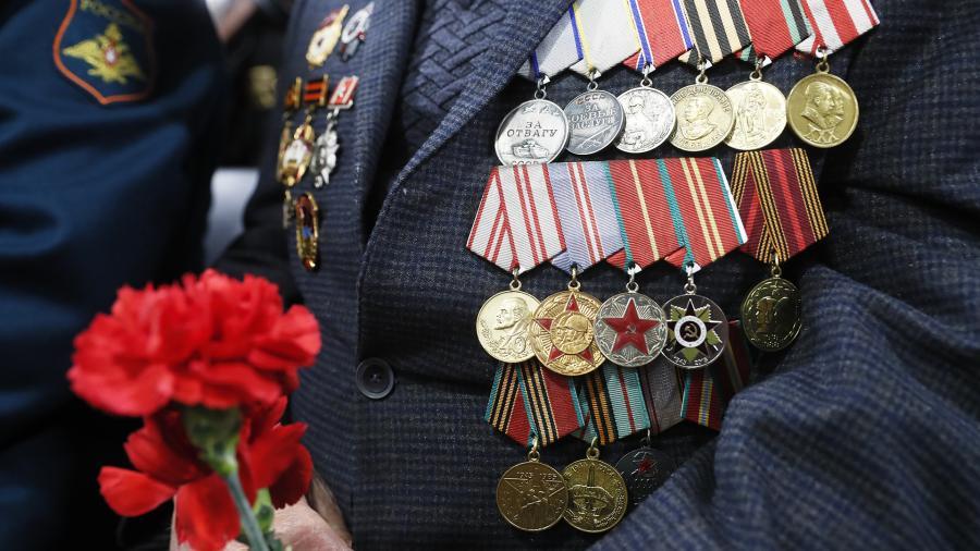 Выплаты к 75-летию Победы должны осуществить до майских праздников
