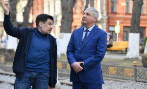 Вячеслав Битаров проинспектировал ход реконструкции исторической части Владикавказа