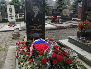 На Аллее Славы почтили память Героя России Андрея Днепровского