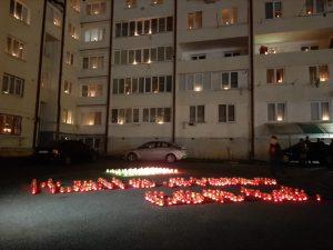 «Италия, мы с тобой!»: В домах Северной Осетии зажгли свечи в знак поддержки жителей европейской страны