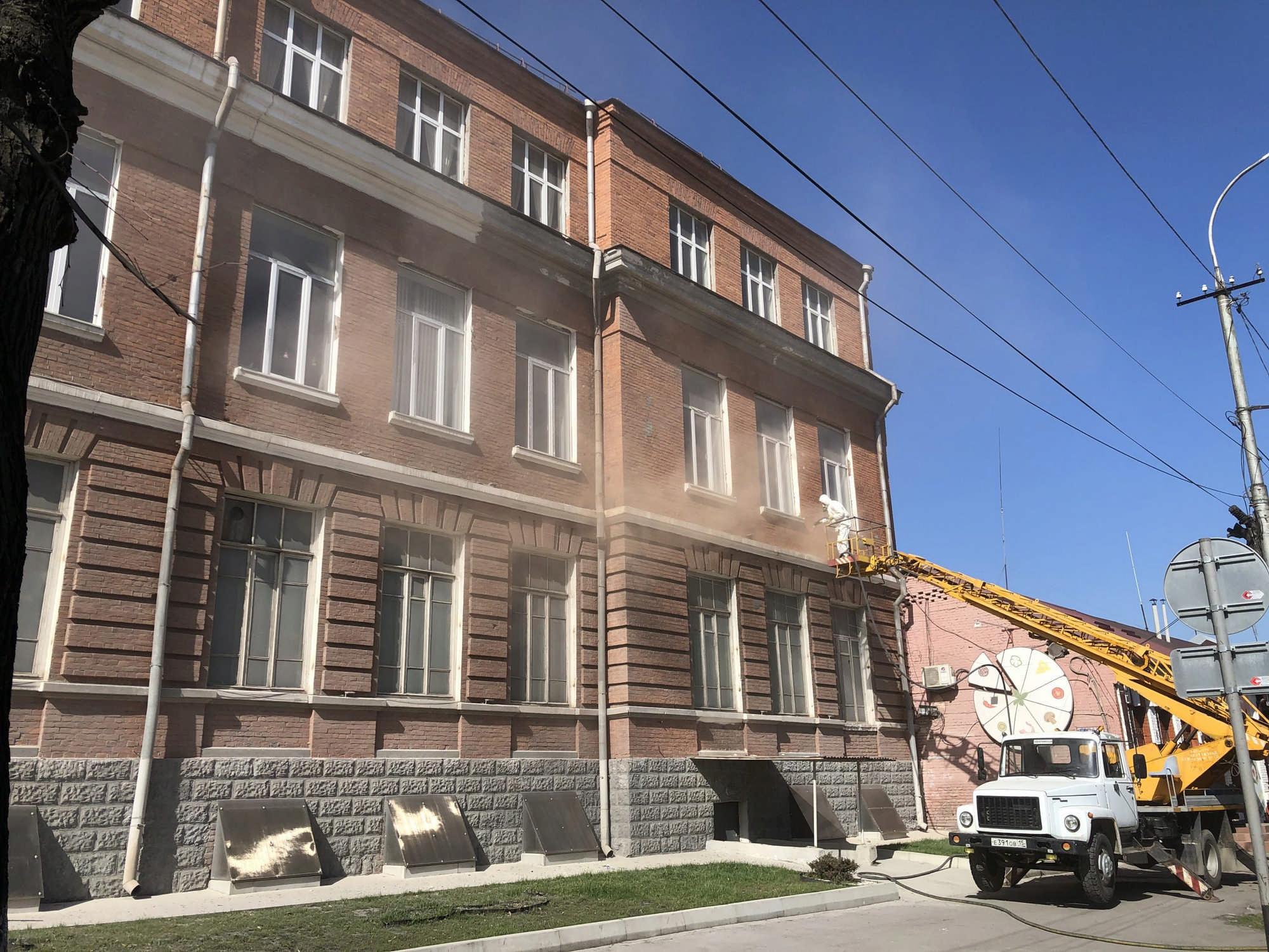 Фасад здания Политехнического техникума отреставрируют впервые за более чем 30 лет