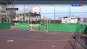 Жильцы домов на улицах Доватора и Шмулевича жалуются на состояние детских площадок