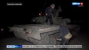 Тактику «танковой карусели» отработали выпускники военных учебных центров на полигоне «Тарское»