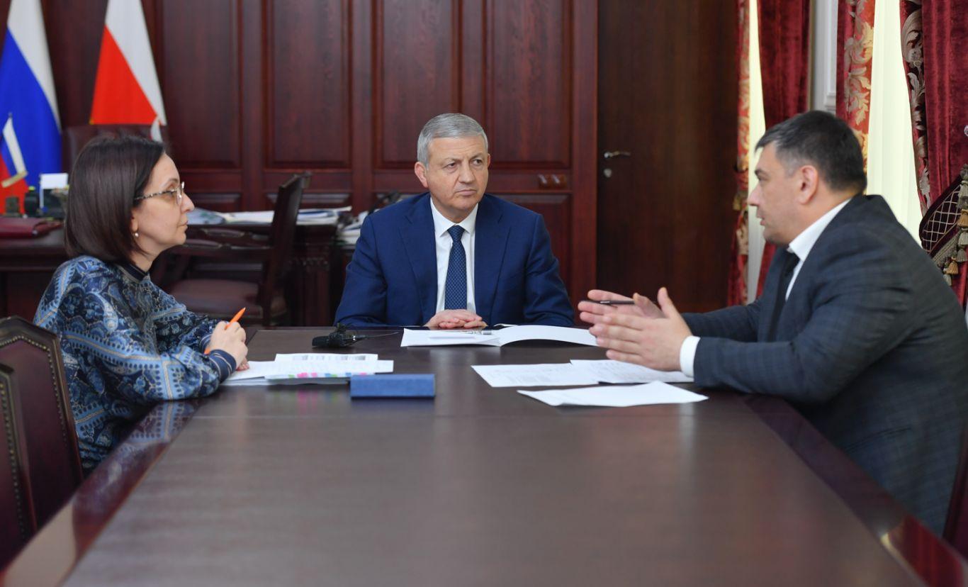 В Северной Осетии обсудили комплексные меры соцподдержки населения в условиях пандемии