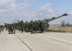 Сводные расчеты ЮВО в Северной Осетии провели первую репетицию праздничного салюта в честь Дня Победы