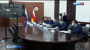 Готовность систем здравоохранения регионов СКФО к распространению коронавируса обсудили на совещании под председательством полпреда Чайки