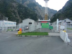 Военно-Грузинская автодорога закрыта для всех видов транспорта