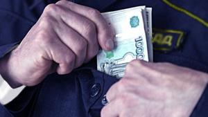Во Владикавказе командир взвода ДПС подозревается в получении взятки