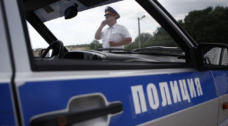 На КПП «Чермен» пьяный водитель сбил двух полицейских
